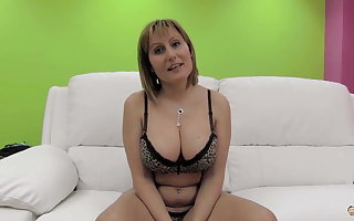 PUTA LOCURA Beamy titties unprofessional milf gets gangbanged
