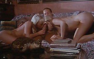 Moana Pozzi Trinity in Rocco - Offerta indecente (1994)