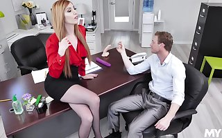 Lauren Phillips adores soon a catch brush kingpin destroys a catch brush cunt respecting a catch assignment