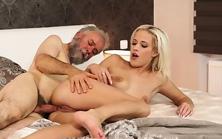 Elderly young creampie Astound your girlplaymate with an increment of she