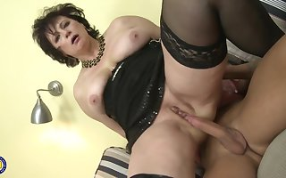 Obese Subfusc Cougar 1080p